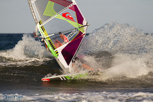 Victor Fernandez windsurfing world champion