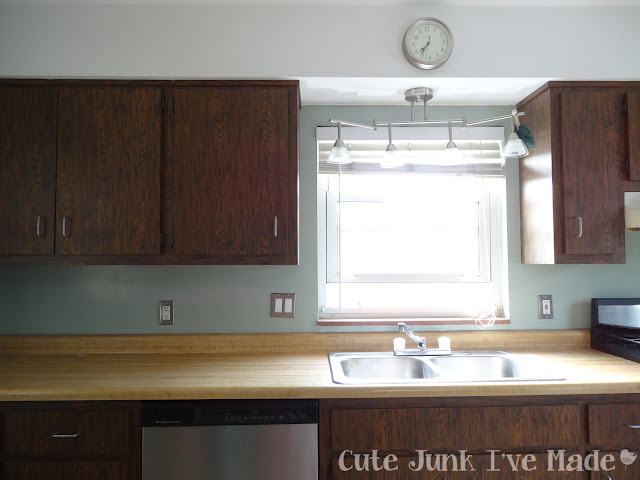 How to Paint Laminate Cabinets - Before