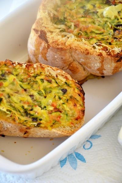 frittata di zucchine e cipolle di tropea nel pane integrale