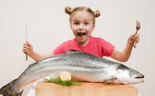 manfaat makan ikan terhadap perkembangan mental