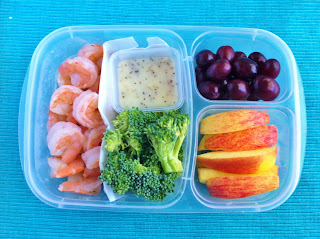 Operation lunch box day 97 shrimp veggies and fruit for Menus para llevar a la oficina