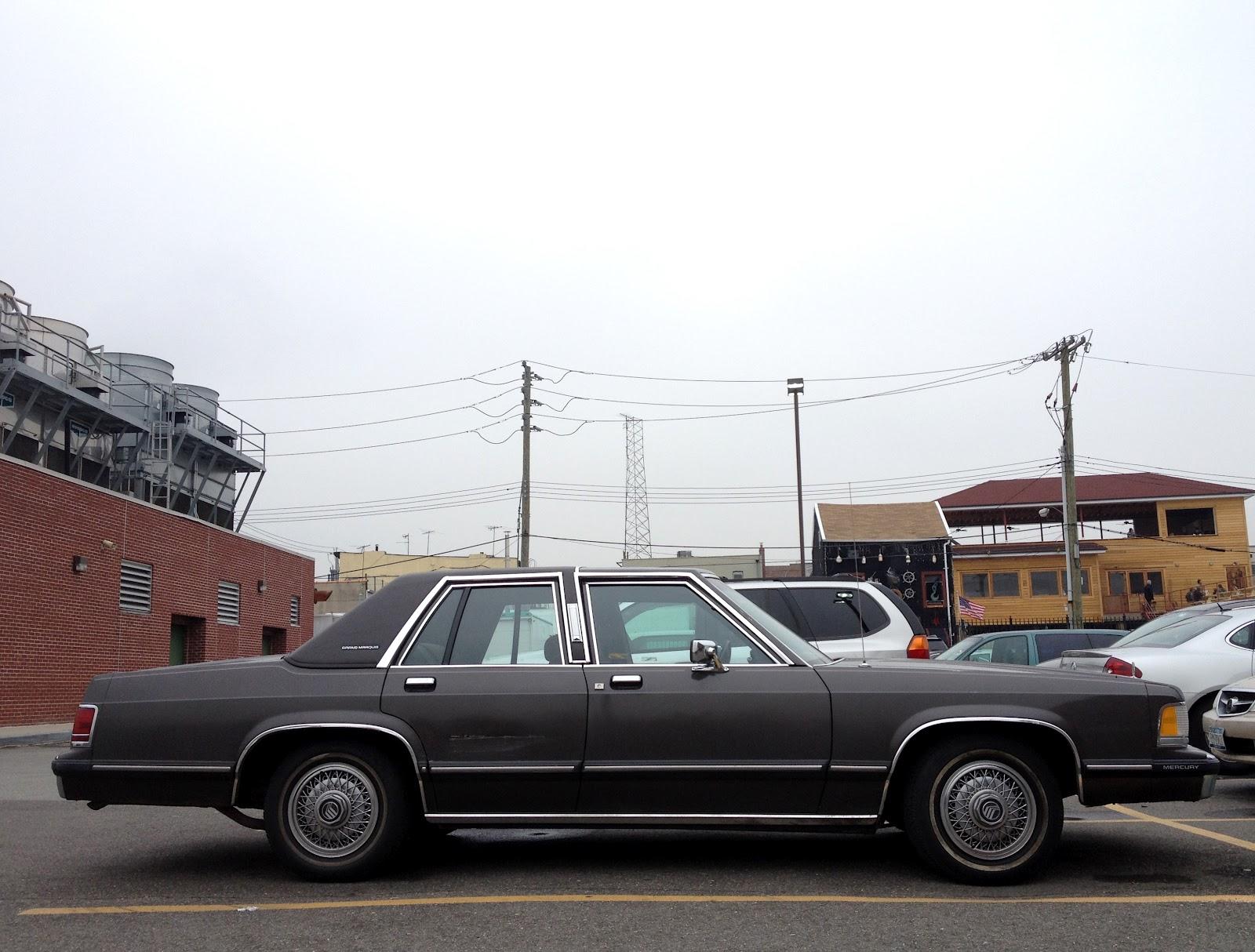 1988 mercury grand marquis gs four door sedan