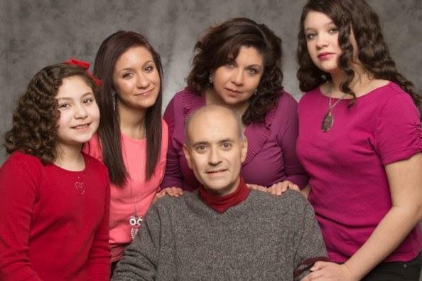 Gonzalo Duque Soto Nuestro Homenaje. Esposa Yanira hijas Nicole, Danielle, y Mia