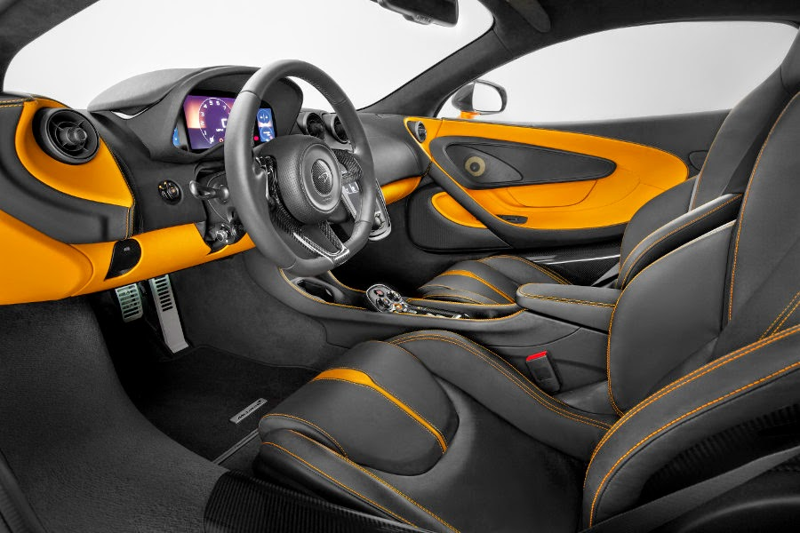 McLaren 570S Coupé (2016) Interior 2
