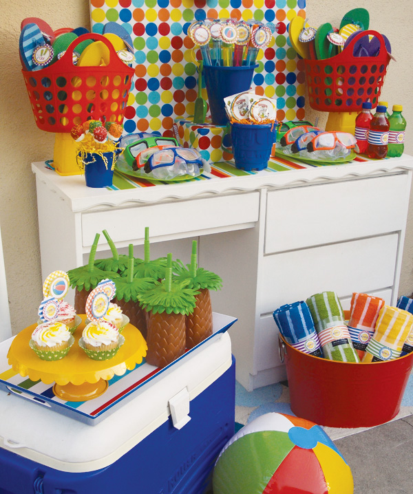 Tema para festa infantil pool party festa na piscina Ideas for swimming pool birthday party