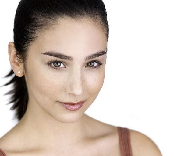 Molly Ephraim Biography and Photos