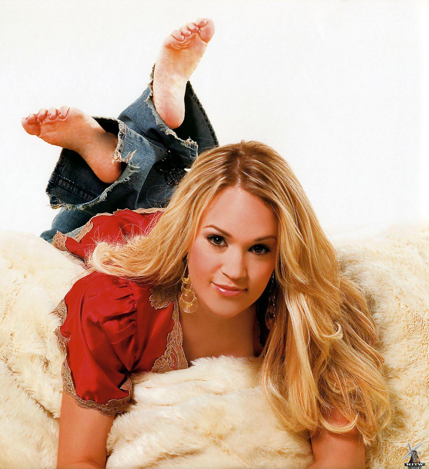 http://2.bp.blogspot.com/-YDws9yf-pZo/Tdl1Ekg6G9I/AAAAAAAAAxQ/LrHlq93xgxw/s1600/Carrie-Underwood-Feet-155842.jpg
