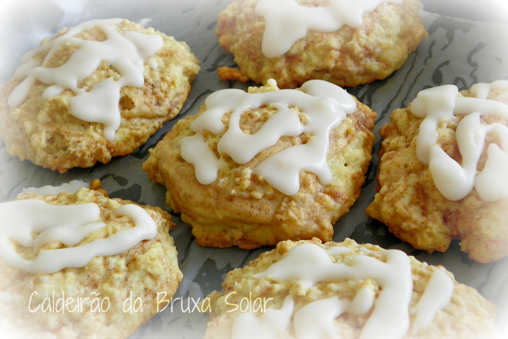 """Cinnamon Roll"" Scones Recipe — Dishmaps"