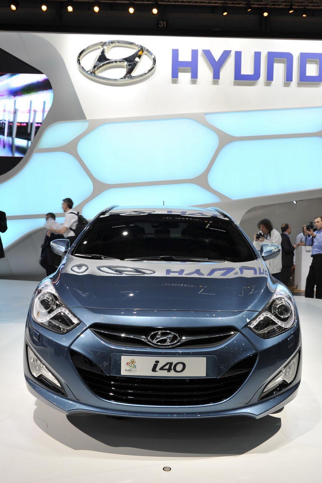 http://2.bp.blogspot.com/-YE9jRbiMheI/TcWdYush9iI/AAAAAAAAFGY/EDauzaFtF1Q/s1600/Hyundai-i40-Cw-11.jpg