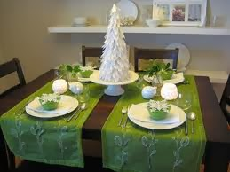 christmas table decoration green color part 1 - Green Christmas Table Decorations