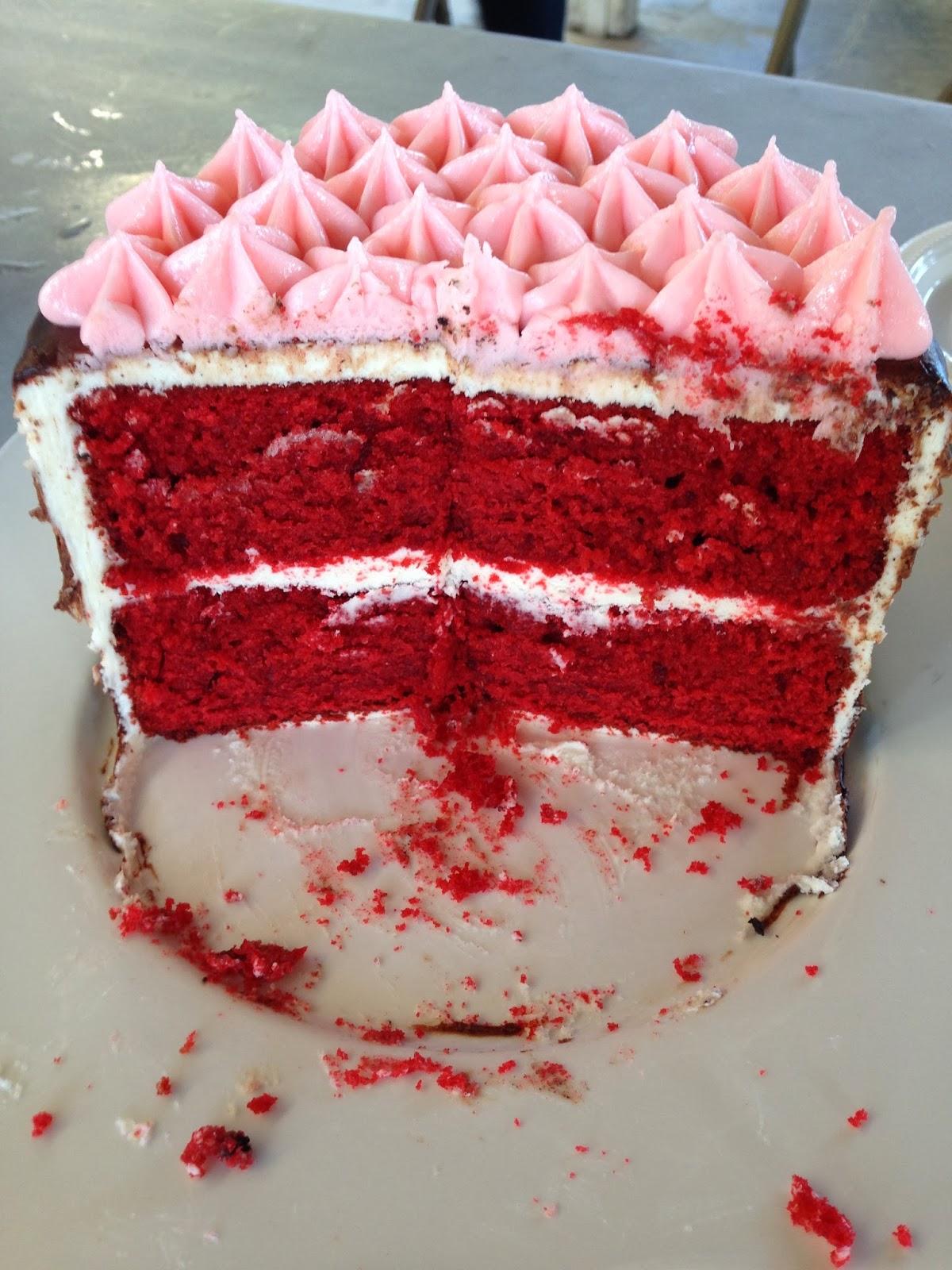 Laundry Cakes: Red Velvet Cupcake w/ White Chocolate Toblerone