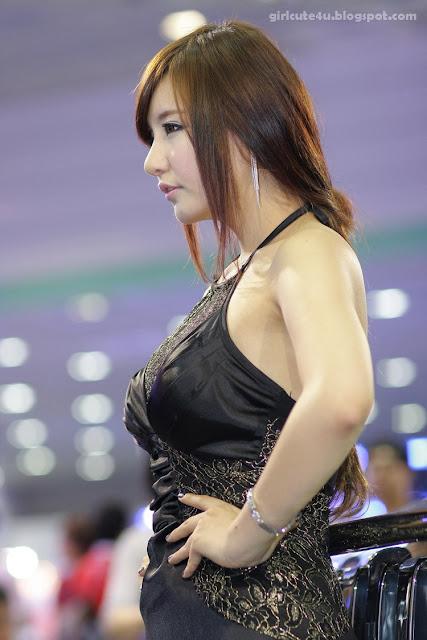 5 Ryu Ji Hye-Seoul Auto Salon 2011-very cute asian girl-girlcute4u.blogspot.com