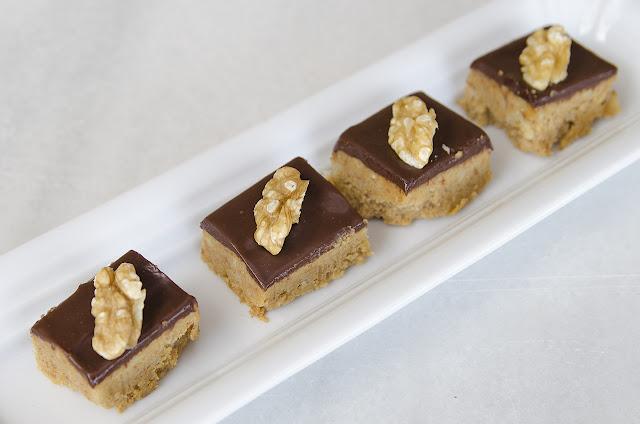 Bombones-nueces-galletas-chocolate-recetas-bruja