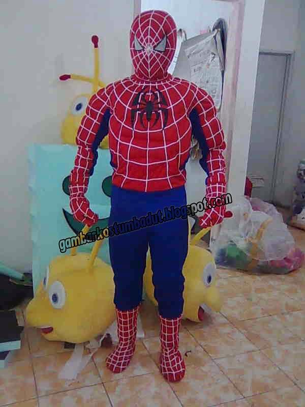 contoh kostum karakter badut spiderman