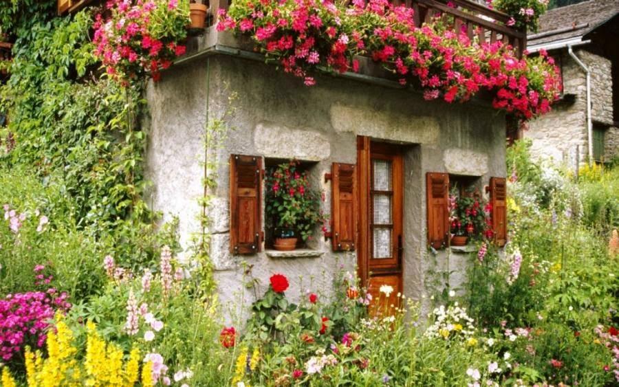 maison fleuri