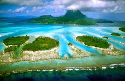Pantai Terindah Pulau Derawan