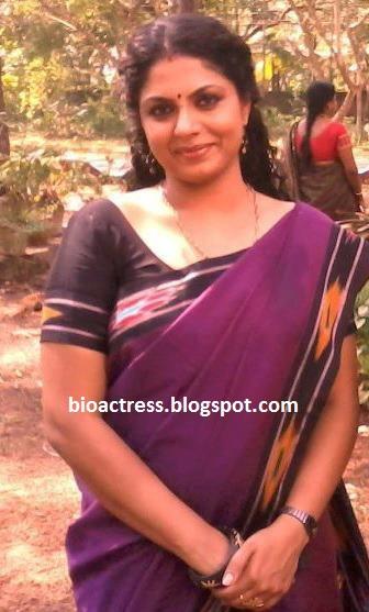 Malayalam Serial Actress Asha Sarath Hot
