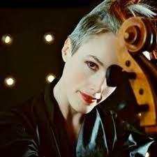 Zoe Keating toca tema instrumental de Felizes Para Sempre