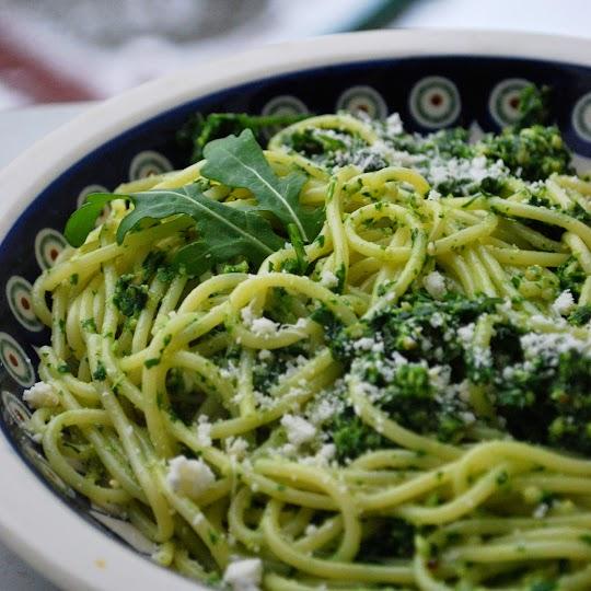 Spaghetti z pesto z rukoli