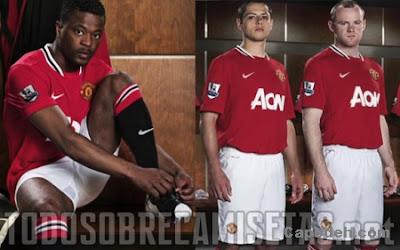 Kostum Baru Manchester United 2012