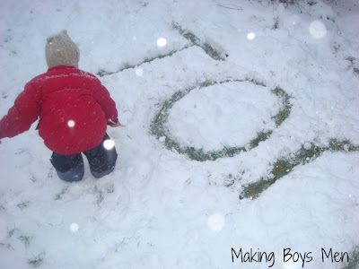 outdoor snow play