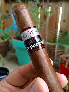 Nestor Miranda Doppelbok cigar 1