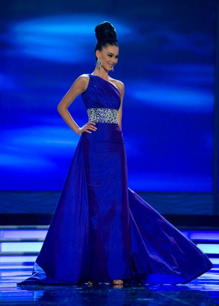 SASHES AND TIARAS.....Miss Universe Kosovo 2013 Mirjeta Shala ...