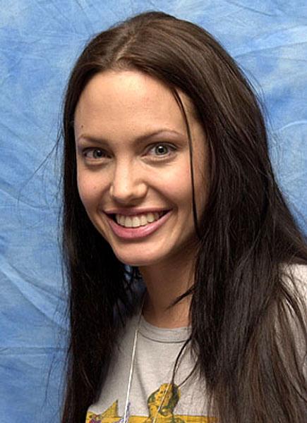 Angelina Jolie Without Makeup New Photos 2013