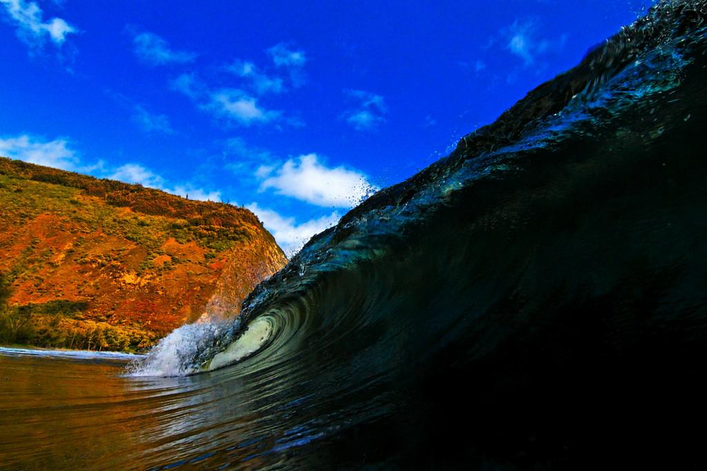 http://2.bp.blogspot.com/-YFcaEM5BskE/T84Oy4M9UFI/AAAAAAAAIL8/5YU3oiaSZXM/s1600/под+волнами+3.jpg