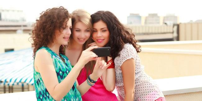 Tips Membersihkan Smartphone Agar Tidak Jadi Sarang Penyakit
