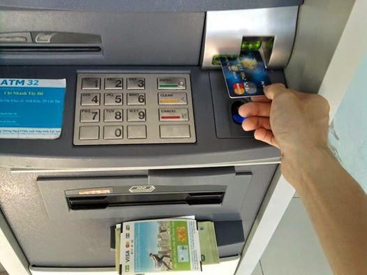 payoneer - the payoneer - rut tien mat atm the payoneer - gioi thieu the payoneer - mastercard payoneer - debit mastercard payoneer