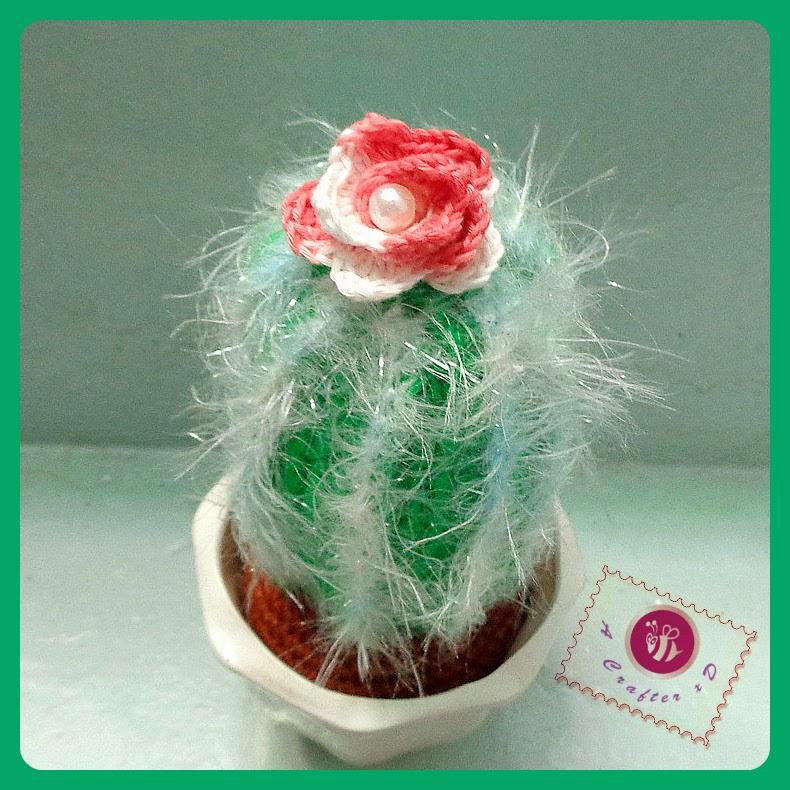 crochet hairy cactus, crochet cacti