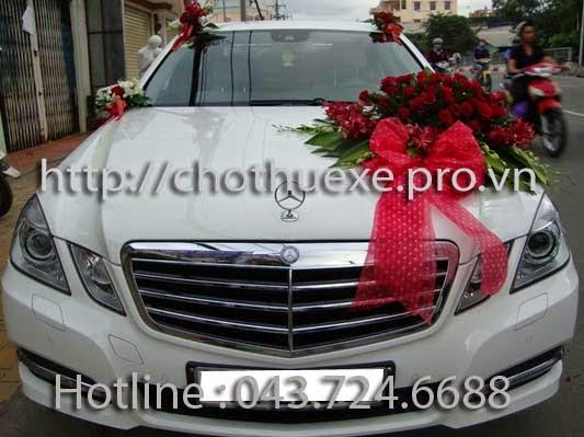 Cho thuê xe cưới hạng sang VIP Mercedes
