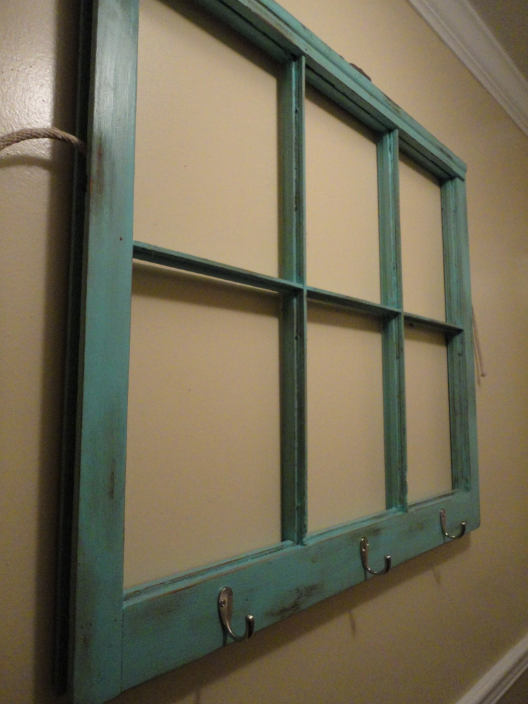 i found this old window pane at canton for a steal at 5 i was sold it was in perfect condition all the glass was in place and i just loved the - Windowpane Picture Frame