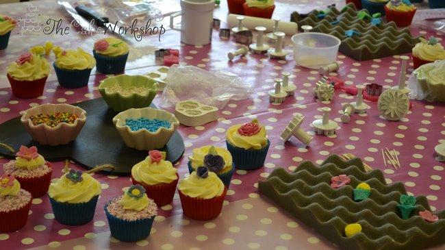 Mums Who Bake Cake Decorating Classes