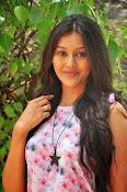 Pooja jhaveri new glam pics-thumbnail-20