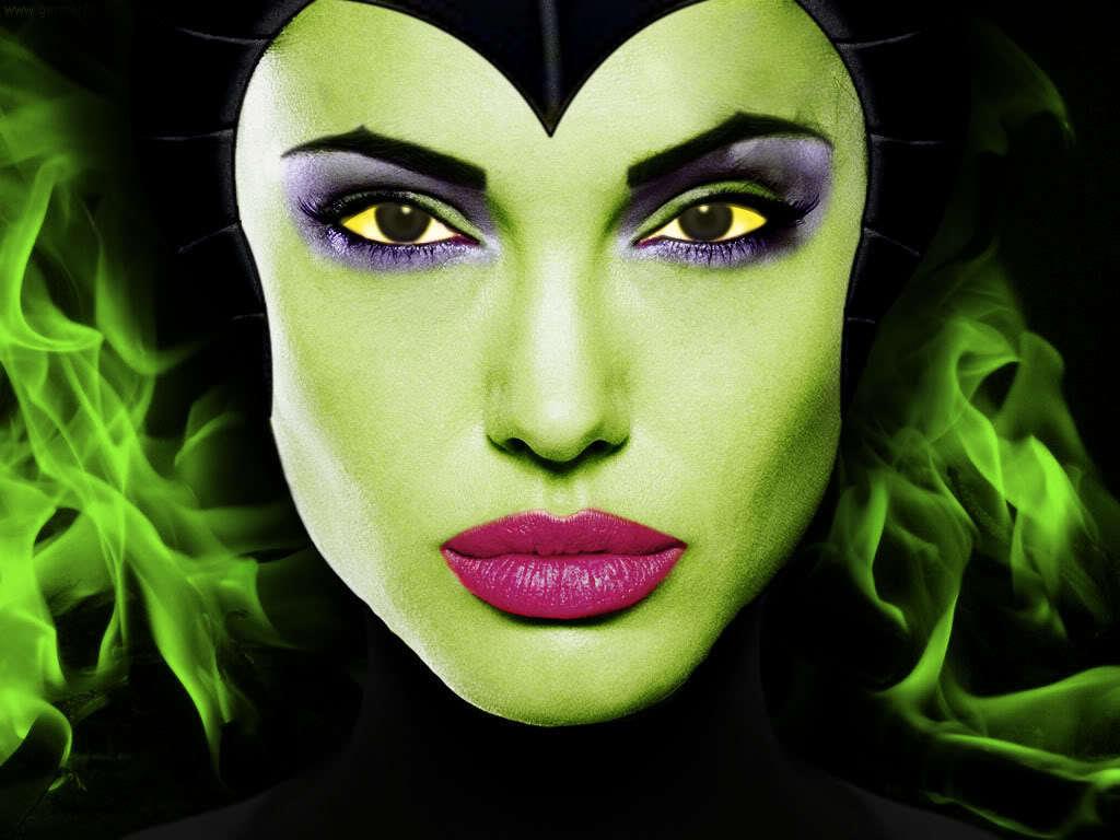 http://2.bp.blogspot.com/-YGrgj9RkPho/TwmKRIg-8WI/AAAAAAAAF8A/y7QLqGcMglk/s1600/Angelina-Jolie-as-Maleficent-disney-19758228-1024-768.jpeg