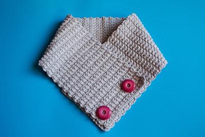 Cuello de lana a ganchillo