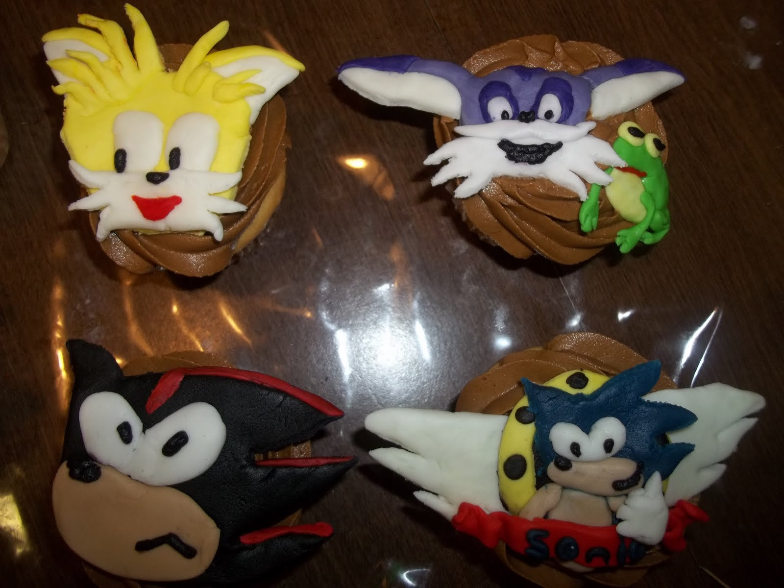 A Piece Of Cake By Ashleigh Sonic The Hedgehog Cupcakes
