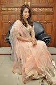 Rashi Khanna glamorous photos-thumbnail-8