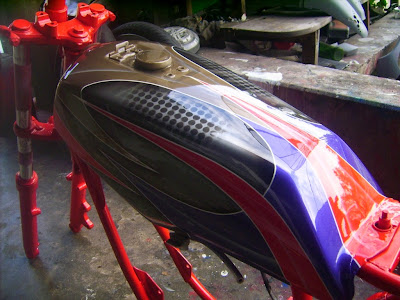Modifikasi YAMAHA RX KING Airbrush Tangki