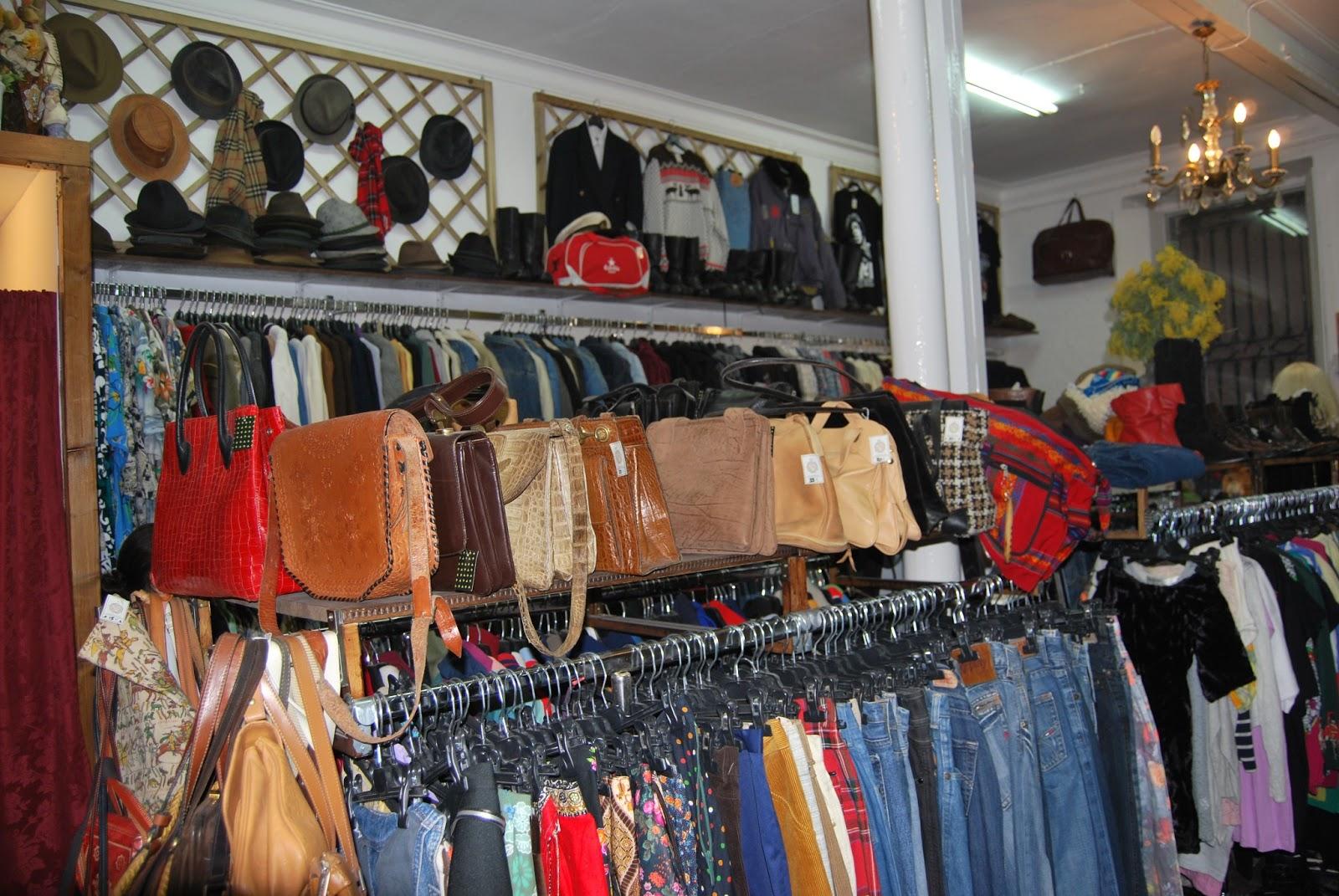 Algo más que tela: Tiendas Vintage en Barcelona.11 : Love Vintage
