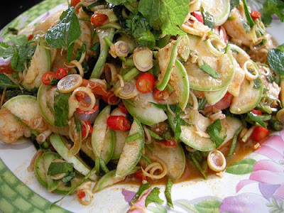 สูตรอาหาร : พล่ากุ้ง (shrimp salad with lemon grass and mint)