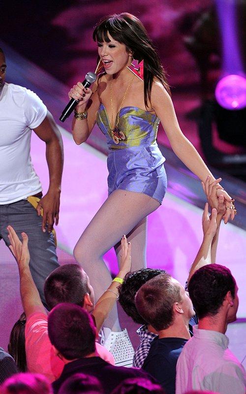 Carly Rae Jepsen Rocks & Wins at the 2012 Teen Choice Awards » Gossip | Carly Rae Jepsen