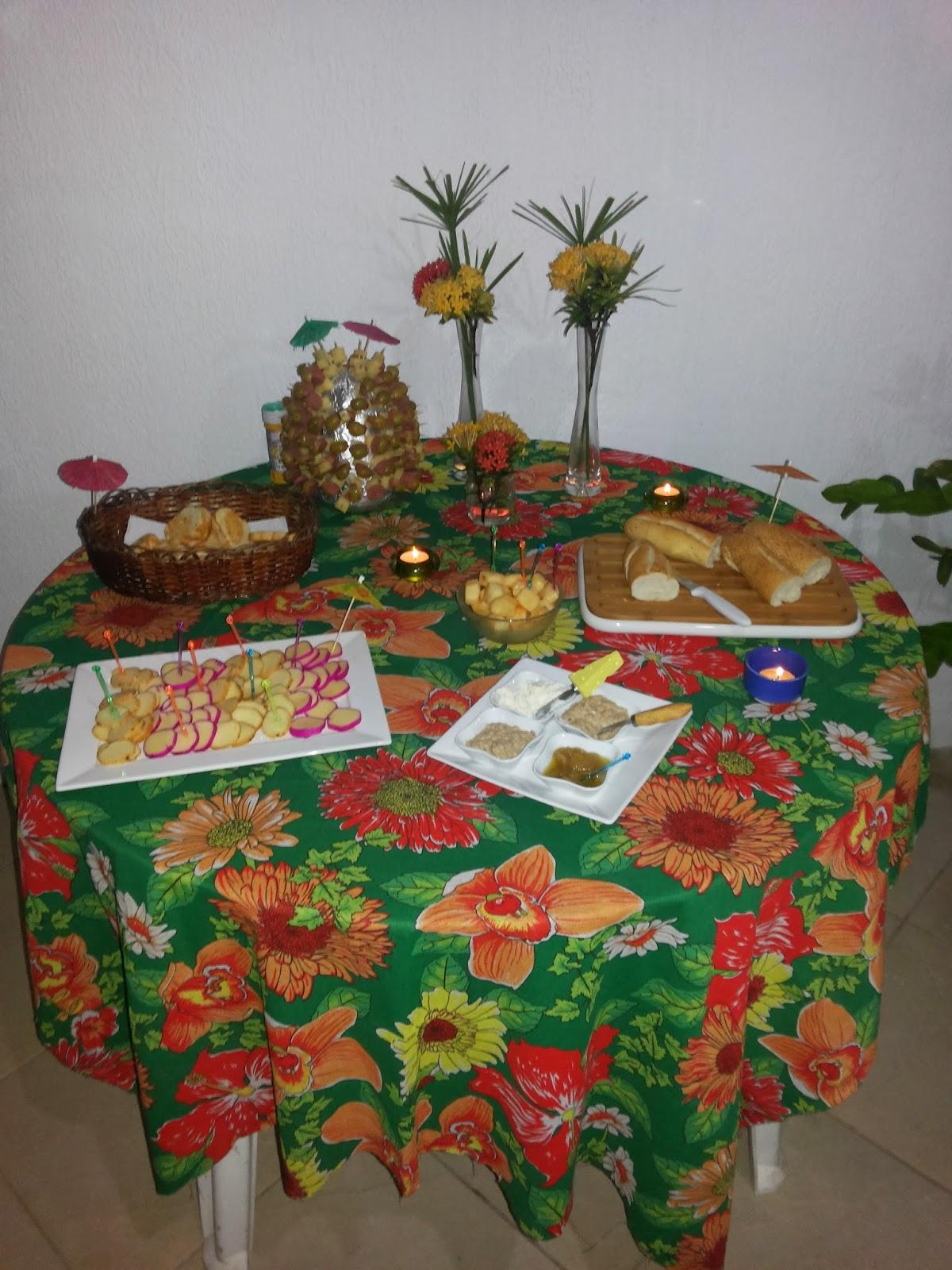 Blog Maria Capricho Festa havaiana de carnaval -> Decoração De Festa Havaiana Simples