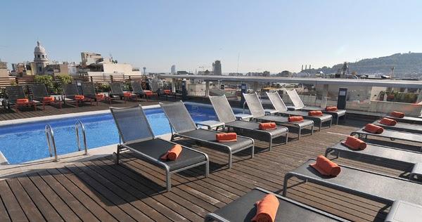 Bricolaje del agua las 5 mejores terrazas con piscina en for Piscina hotel w santiago