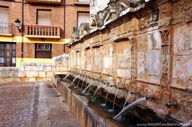 Fuente de los Veinte Caños, Daroca. Zaragoza