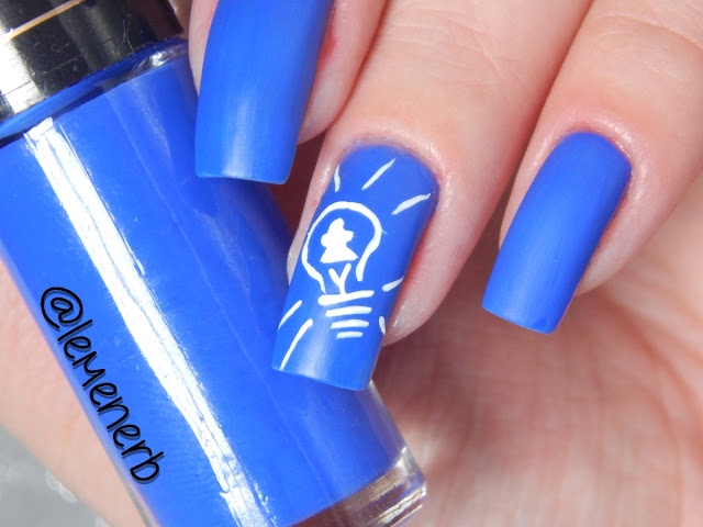 esmalte azul eletrico