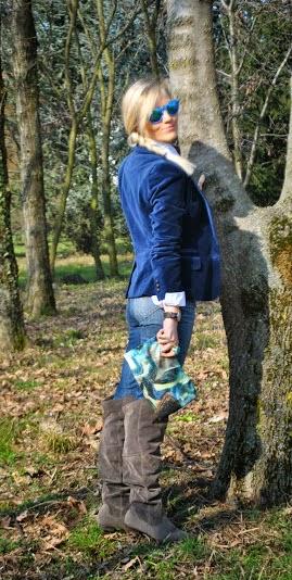outfit jeans outfit camicia bianca outfit blazer blu in velluto outfit jeans e camicia outfit blazer blu outfit stivali al ginocchio outfit invernali casual outfit da ufficio outfit febbraio 2015 come abbinare il blu come abbinare gli stivali al ginocchio come abbinare il velluto outfit velluto mariafelicia magno color-block by felym mariafelicia magno fashion blogger acconciatura treccia laterale occhiali lenti a specchio azzurre outfit jeans aderenti a vita alta collana majique anello majique come abbinare il blu winter outfits velvet outfit velvet blazer outfit blue outfit jeans skinny outfit colorblock by felym casual outfit outfit for the office jeans for the office blonde girls italian girls fashion blog italiani fashion blogger italiane fashion bloggers italy blog di moda italiani blogger italiane di moda