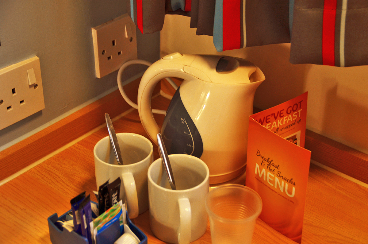 travelodge kettle, cup, tea, coffee, menu, room service, york central